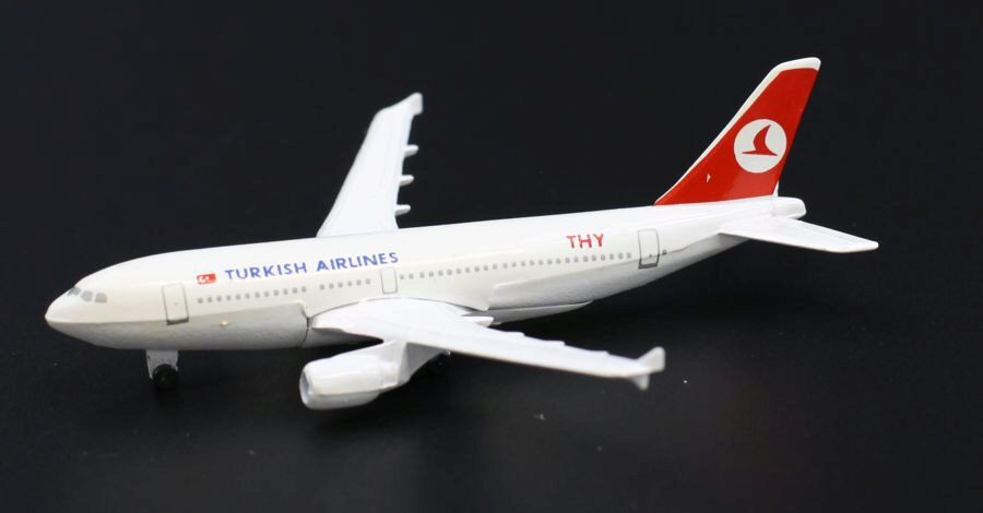 Schabak 923/39 Airbus A310 Turkish Airlines Box