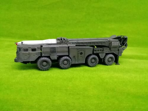 Modelcollect AS72140 Soviet Army 9P117 Strategic missile launcher SCUD D