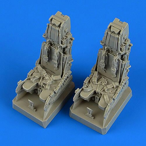 Quickboost QB32208 EF Typhoon ej.seats with safety belts for Revell