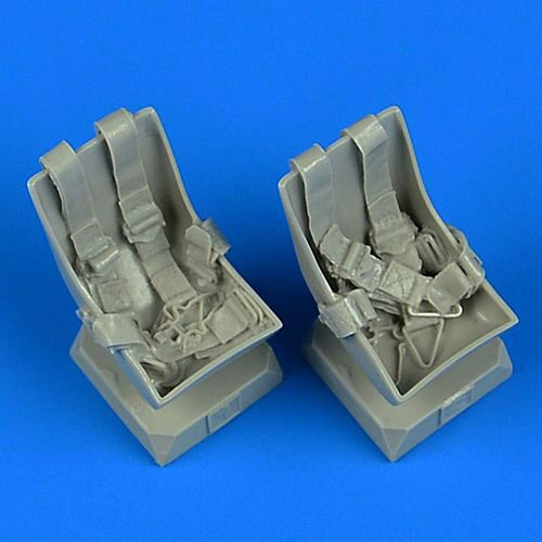 Quickboost QB32219 Bucker Bu 131 seats with seatbelts f.ICM