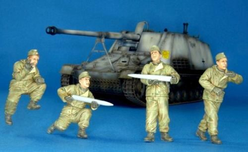 Hobby Fan HF703 German crew for Nashor, Eastern front