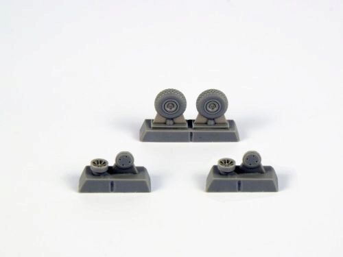 CMK 129-Q72296 P-40 Wheels-Block Tread f.Special Hobby