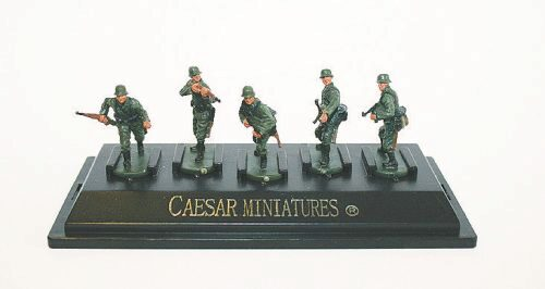 Caesar Miniatures P806 WWII German Army set1 (fertig bemalt)