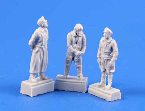 CMK 129-F72365 He 162-Three Pilot figures,each i.different gear:Great Coat,Flying Suit,Breeches
