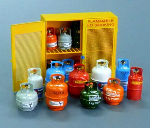 Plus model 518 Gas bottles