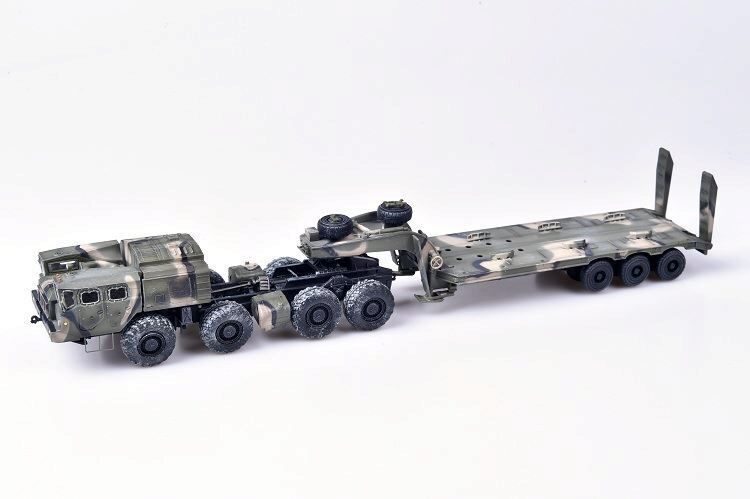 Modelcollect AS72146 Soviet/Russian Army MAZ-7410 w.ChMZAP-9990 semi-trailer camouflage
