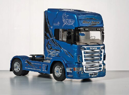 "Italeri 3873 Scania R620 ""Blue Shark"""