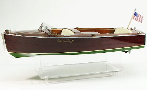 DUMAS BOATS ds1240 Chris-Craft Utility 16 ft.1947 RC Bausatz