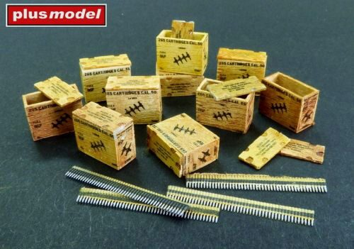 Plus model AL4088 US ammunition boxes with belts of charges