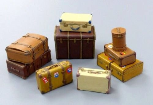Plus model 489 Old suitcases