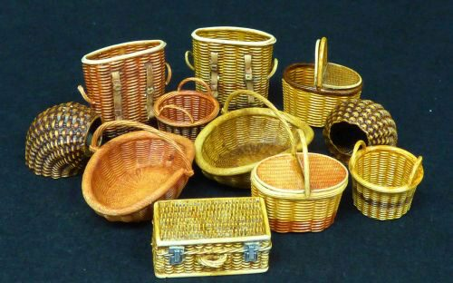 Plus model 507 Wicker baskets-small