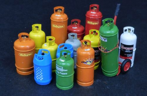 Plus model 520 Gas bottles-big