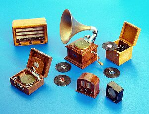 Plus model 266 Gramophones and radios