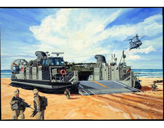 Trumpeter 00107 USMC Landing Craft Air Cushion