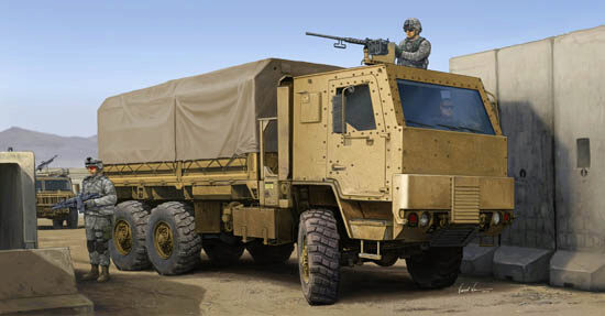 Trumpeter  01008 1/35 M1083 FMTV Truck with Ar