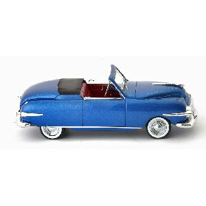 Autocult 05018 Playboy A48 (USA), blau-metallic