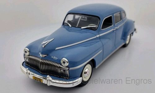White-Box 225466 Desoto 4-Door Saloon, blau