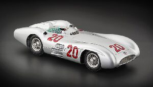 CMC M-128B Mercedes-Benz W196R, Streamliner, GP France, 1954 #20 Kling Lim. Edition 1,000 pcs.