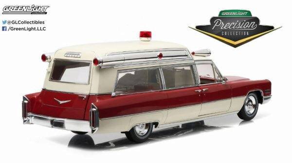 Greenlight 18003 PC 1966 Cadillac S&S 48 High Top Ambulance