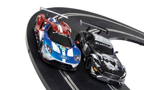 Scalextric C1403 ARC AIR World GT (Mercedes AMG GT3 v Ford GT GTE)