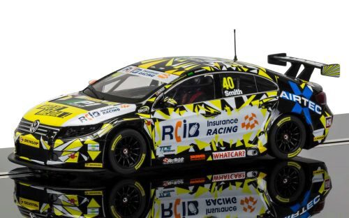 Scalextric C3864 BTCC VW Passat, Aron Smith mit Licht